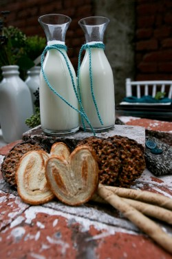 Mini-milk-carafes-250x375